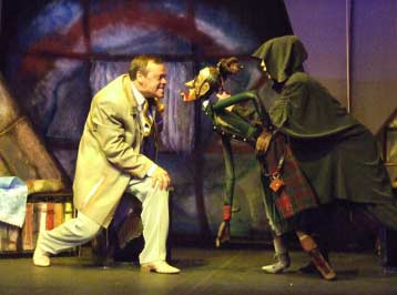 "С.Железкин в спектакле ""Безымянная звезда"". Фото с сайта театра http://www.ognivo.ru"